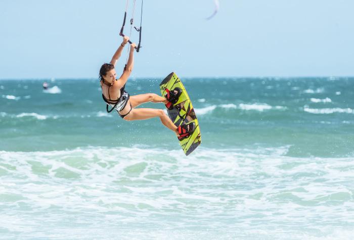 02-kite-surfing-summer-activities-in-casa-paradiso-luxury-beach-resort-kos-island